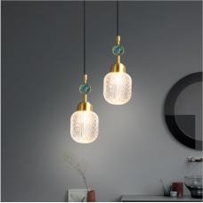 Lampe de chevet de luxe à lumière moderne, simple et à la mode, lampe de chambre de style nordique, barre de cuivre, lustre à longue ligne créatif à une seule tête