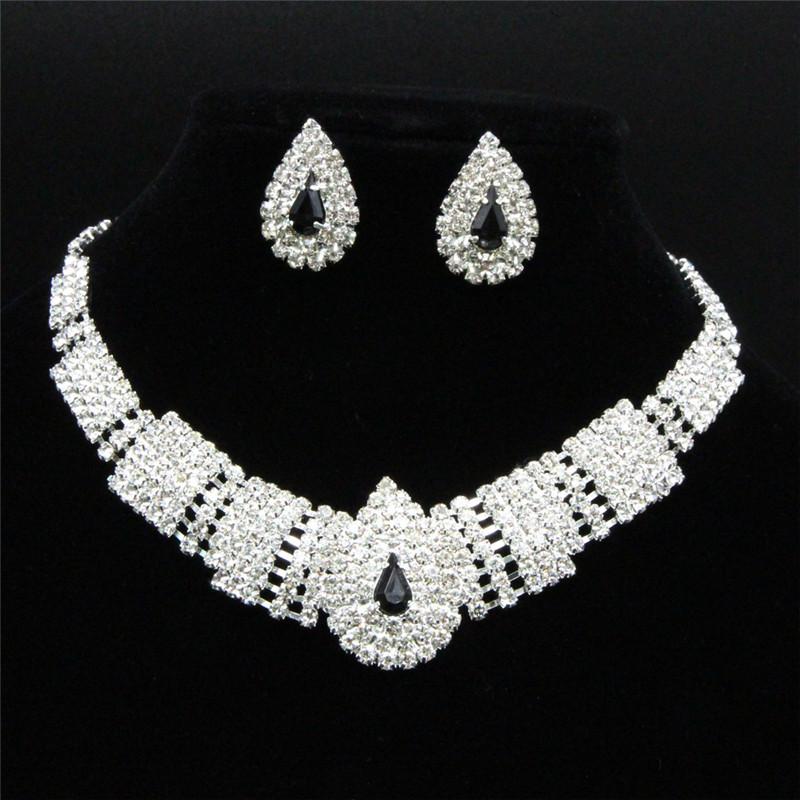 Bijoux de mariage abordable Royal Clear Rhinestone Cascade Boucles d'oreilles Ensemble de collier en argent